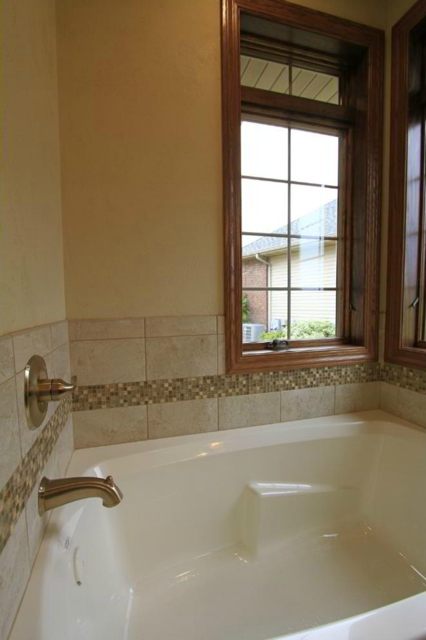 Wolfinger Custom Home - Master Tub